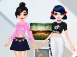 Jouer gratuitement à TikTok girls vs Likee girls